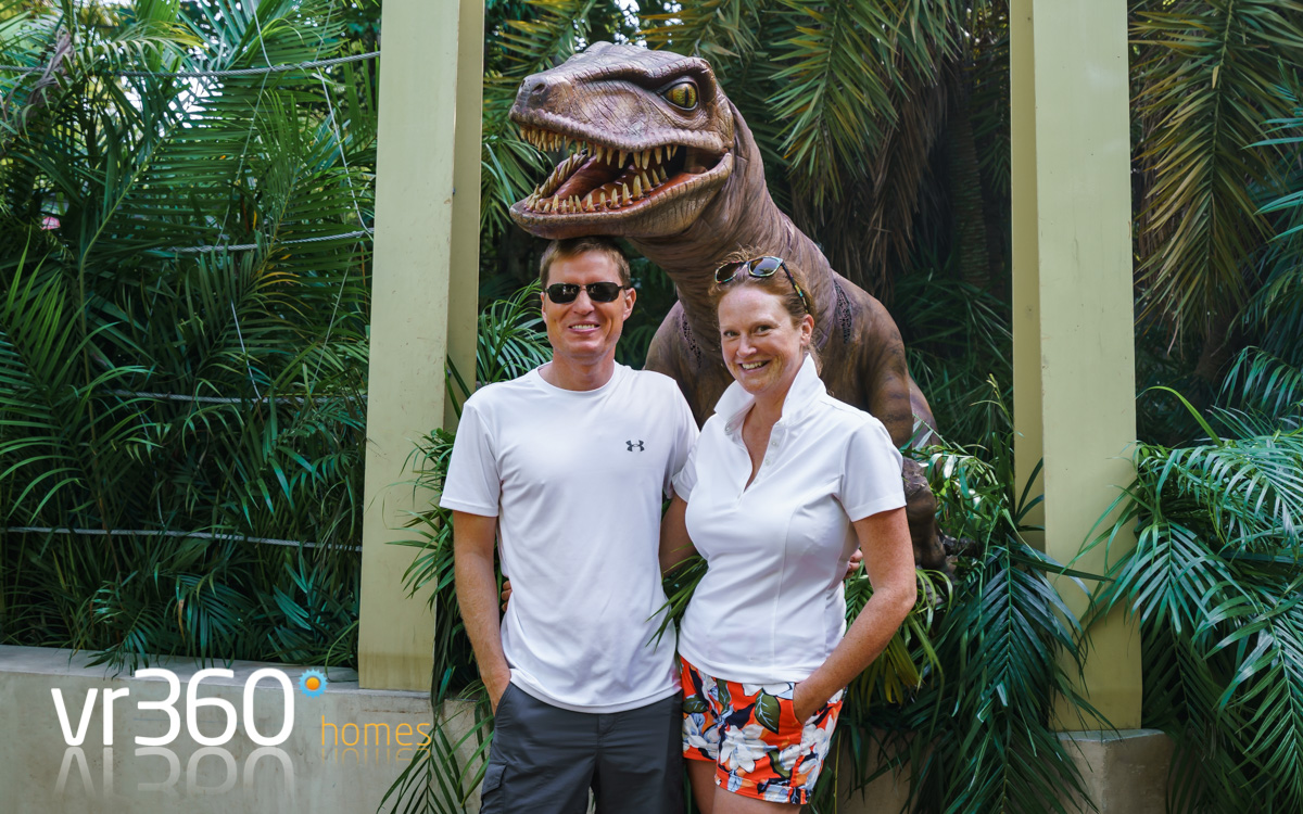 Raptor Encounter at Universal Studios in Orlando, a must visit!
