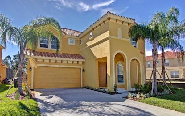 6 Bedroom 6 Bath Luxury Orlando Villa on Watersong Resort