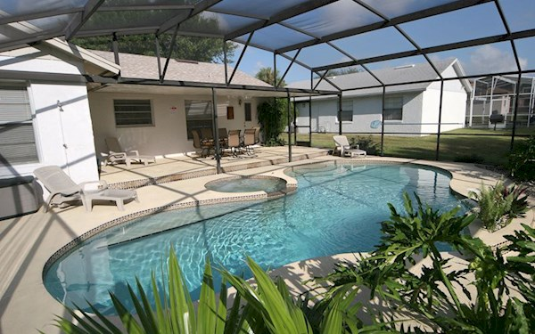 Indian Ridge - Luxury 3 Bed 2 Bath Villa with pool and games room