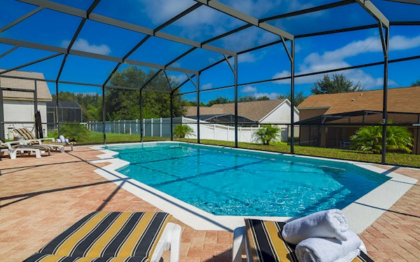 Orange Tree 4 Bedroom 2 Bath Luxury Florida Villa with Large Pool
