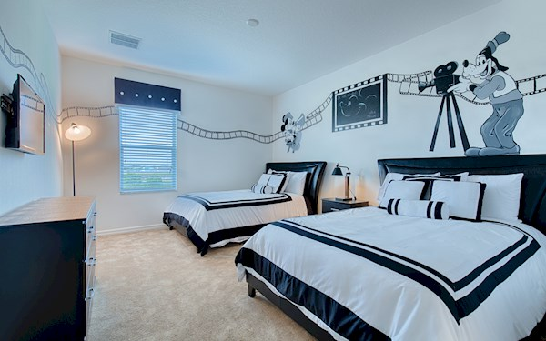 Hollywood Studios Room with 2 Double/Full Beds