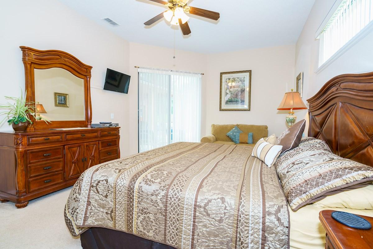 Viburnum Villa The Estates At Legacy Park 5 Bedroom 3 Bath