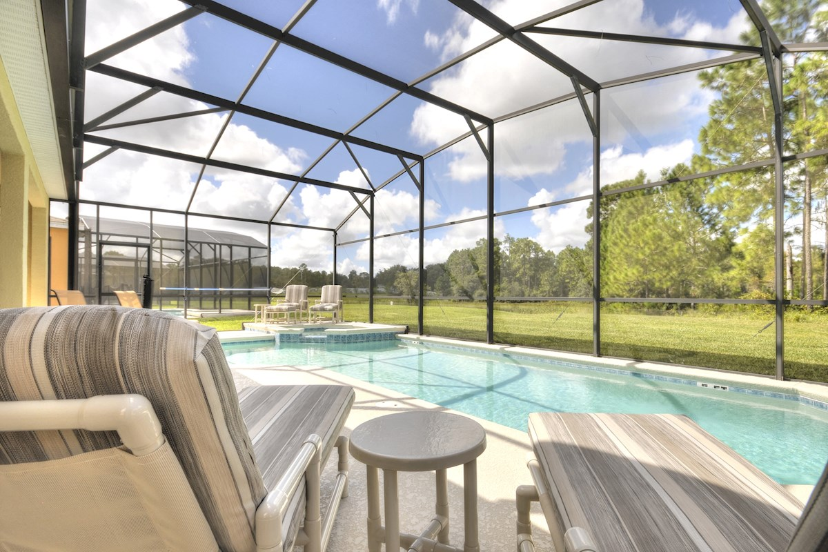Stunning tranquil 5 bedroom 4 bath watersong villa in orlando 5 bedroom resorts in orlando fl