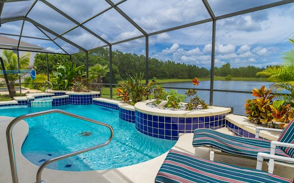 Sunset Lakes Villa | Luxury 4 Bedroom 3 Bath Vacation Rental