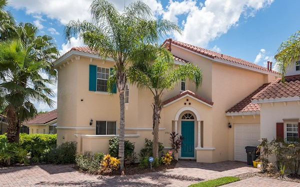 Tuscan Hills Villa | Luxury 5 Bedroom 3 Bath Orlando Rental