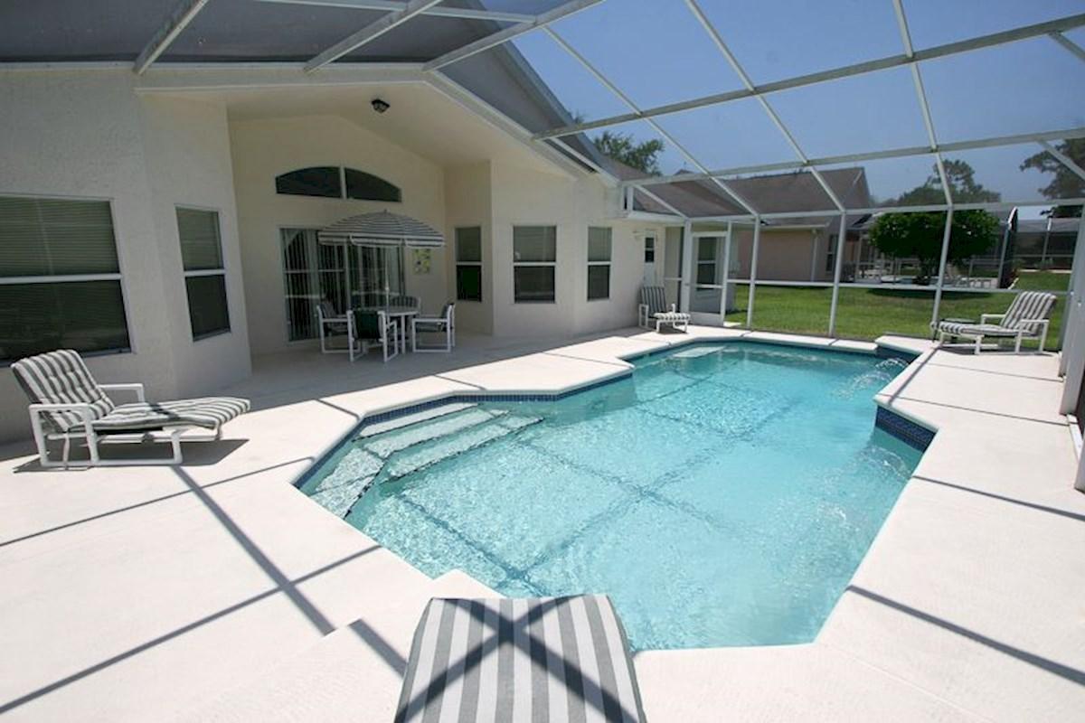 3 Bedroom 2 Bath Florida Villa To Rent On Westridge Near