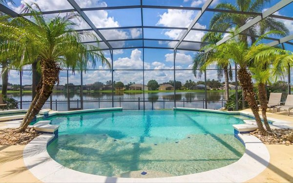 Luxury 6 Bed 5 Bath Orlando Villa on the Lake at Formosa Gardens