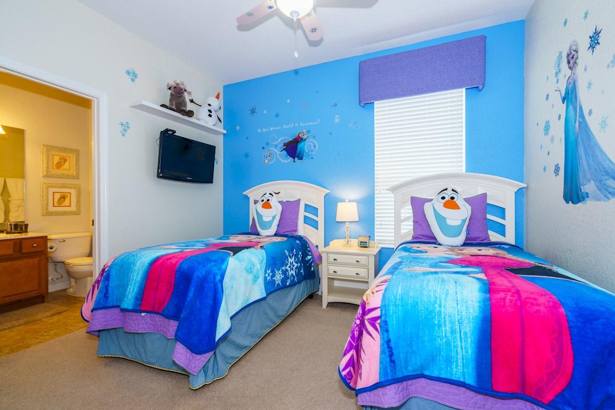 Windsor hills luxury 4 bed 4 bath villa in kissimmee - Luxury 4 bedroom villas in orlando florida ...