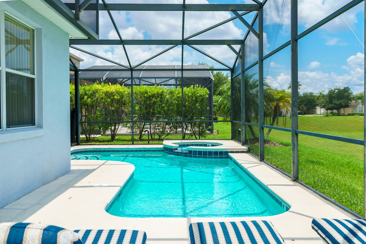 Calabay Parc At Tower Lake Luxury 4 Bedroom 3 Bath Florida