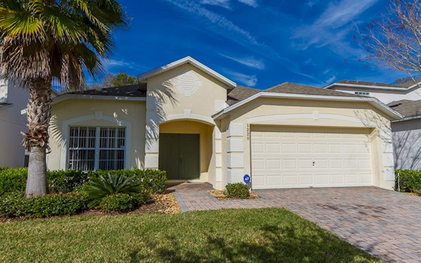 CUMBRIAN LAKES VACATION VILLA, KISSIMMEE - 4 Bedroom, 3 Bathroom