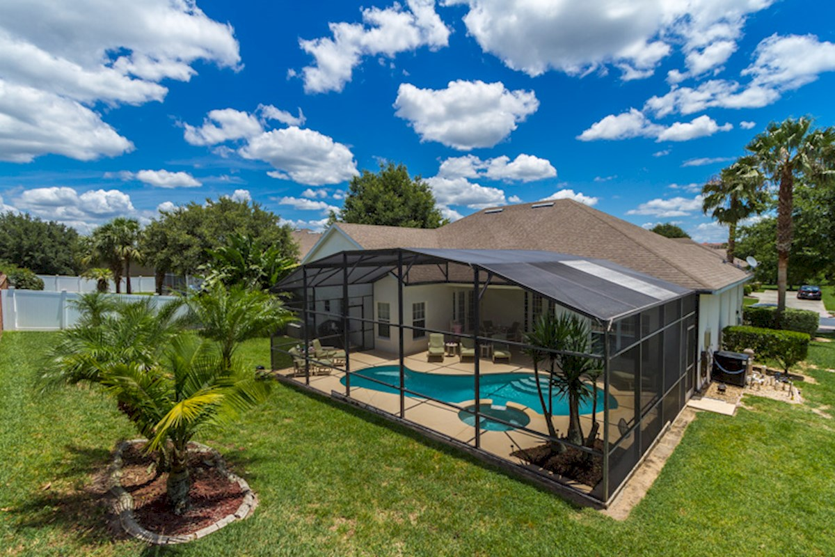 Formosa Gardens Real Estate Homes For Sale In Formosa Gardens Alberson 39 S Tile Roof Glaze Inc
