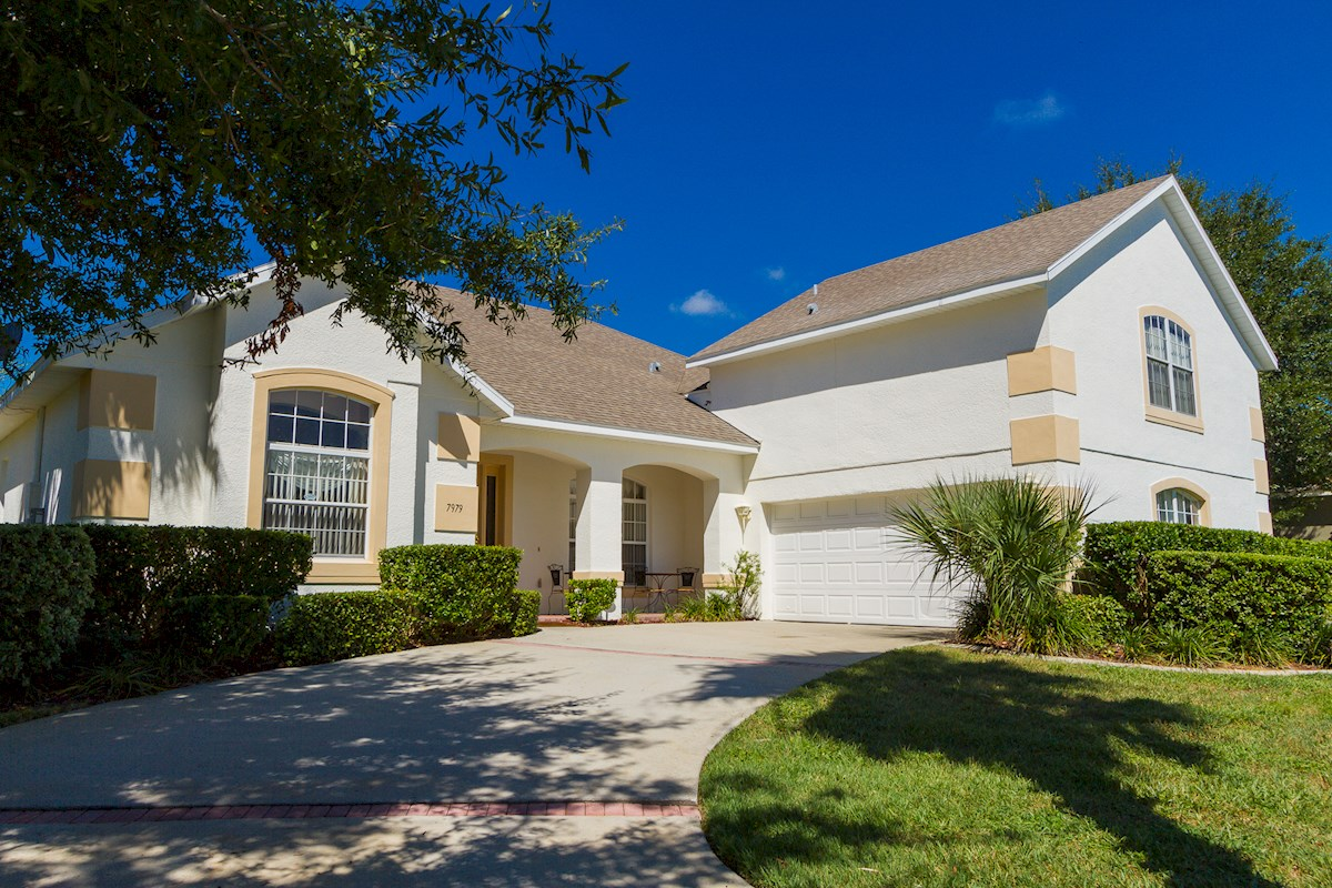 Luxury 5 bedroom 4 bath orlando villa in formosa gardens 5 bedroom vacation rentals in orlando