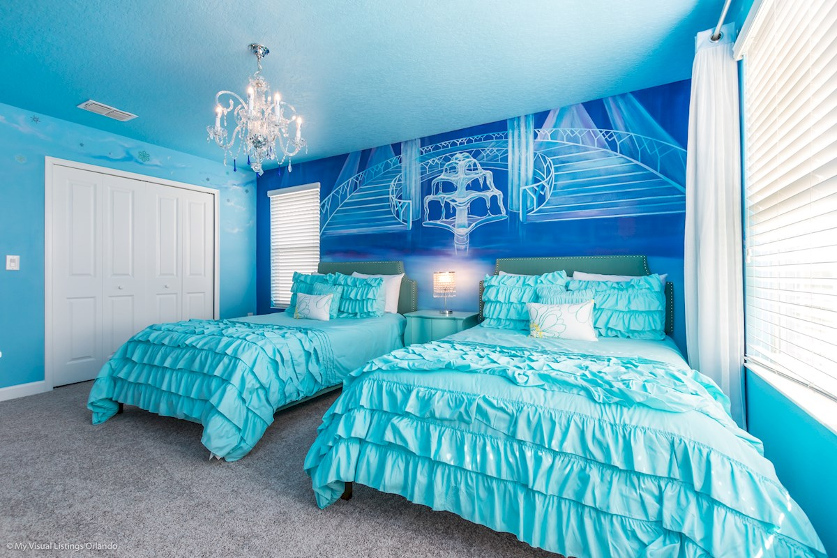 Frozen Bedroom with 2 x Double Beds