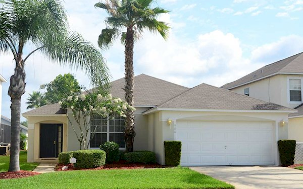 Florida - Lake Berkley Resort - 4 Bedroom,3 Bathroom family villa