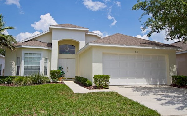 Hampton Lakes Superior 3 Bedroom 2 Bathroom Florida Villa