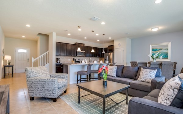 Windsor at Westside | 4 Bed Townhome | South Facing Pool