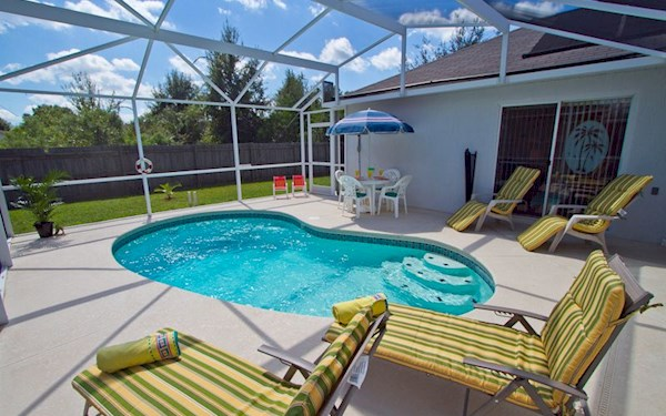 3 Bedroom 2 Bath Kissimmee Villa