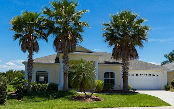 4 Bed 3 Bath Orlando Villa on Bridgewater Crossing